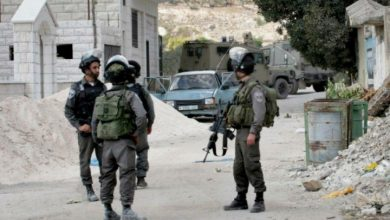 Photo of الاحتلال يمنع المواطنين من الدخول والخروج من ق ية بيت اكسا