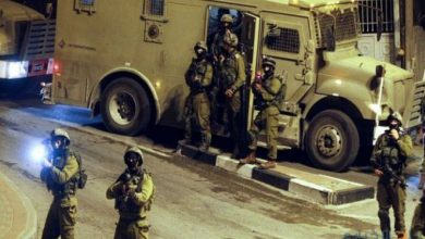 Photo of طالت 8 مواطنين ..  حملة اعتقالات ومداهمات واسعة في مدن الضفة