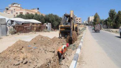 Photo of تنفيذ مشروع لتشغيل مضخة للصرف الصحي بالنصيرات بالكهرباء