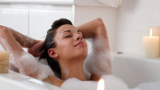 Photo of الطريقة الصحيحة لتنظيف المهبل قبل العلاقة الزوجية
