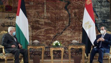 Photo of السيسي للرئيس عباس: متمسكون بدعم مواقفكم واختياراتكم تجاه التسوية السياسية