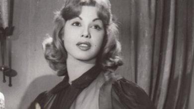 Photo of بخط يدها .. سامية جمال تروي تفاصيل الشروع في قتلها