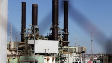 Photo of ثابت يوضح أسباب العجز اليومي في التيار الكهربائي بغزة