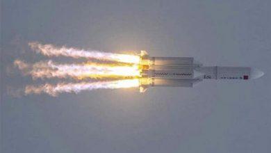 Photo of شاهد.. لحظة سقوط الصاروخ الصيني  وانفجاره قرب بحر العرب